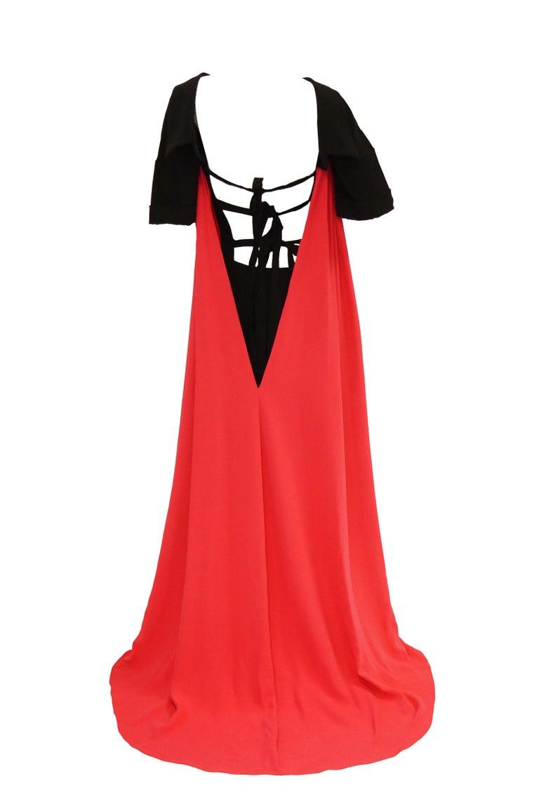 Pink 2016 Oscar de la Renta Magenta and Black Open Back Evening Dress with Train 0 For Sale
