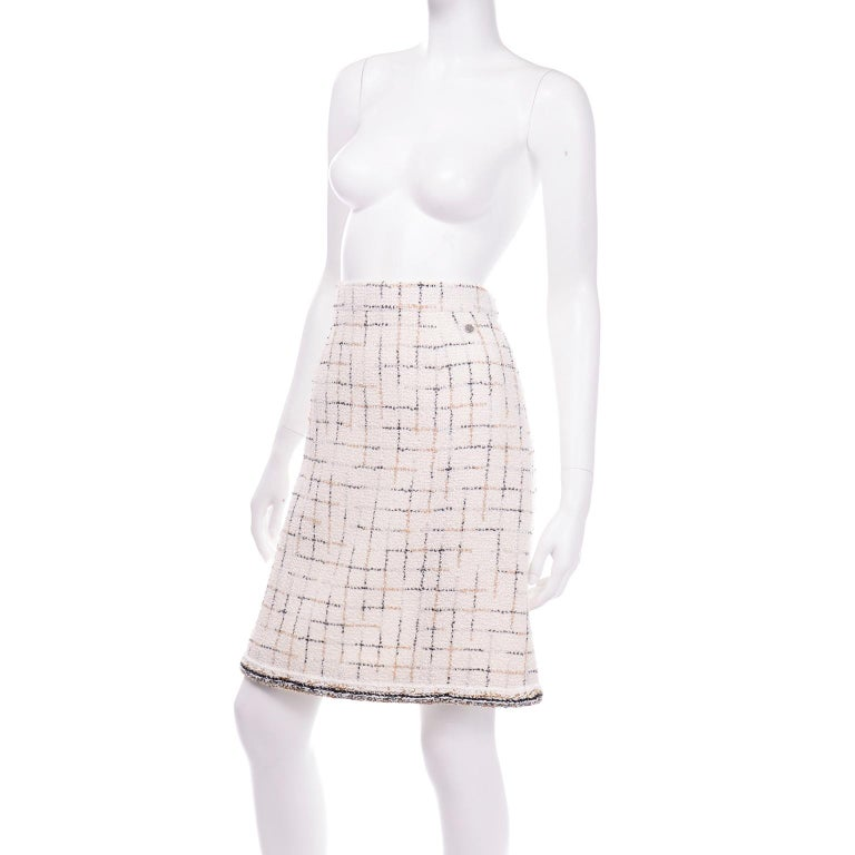 Beige 2017 Chanel Cream Lesage Tweed Robot Collection Skirt w Metallic Gold & Silver For Sale