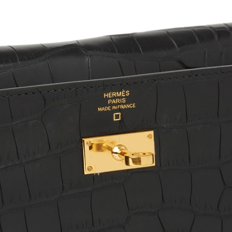 2017 Hermès Black Matte Mississippiensis Alligator Leather Kelly Long Wallet 3