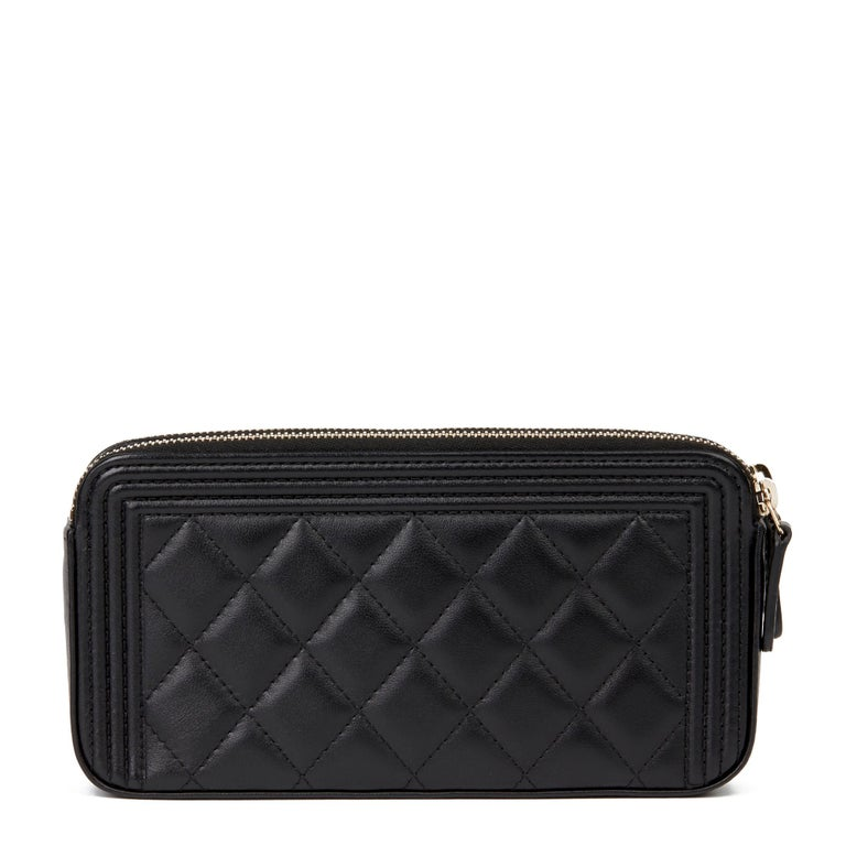 2018 Chanel Black Quilted Lambskin Double Zip Around Le Boy Wallet-on-Chain WOC For Sale 1