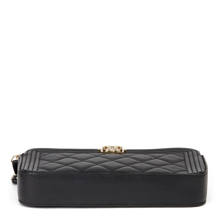 2018 Chanel Black Quilted Lambskin Double Zip Around Le Boy Wallet-on-Chain WOC For Sale 2