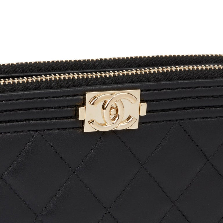 2018 Chanel Black Quilted Lambskin Double Zip Around Le Boy Wallet-on-Chain WOC For Sale 3