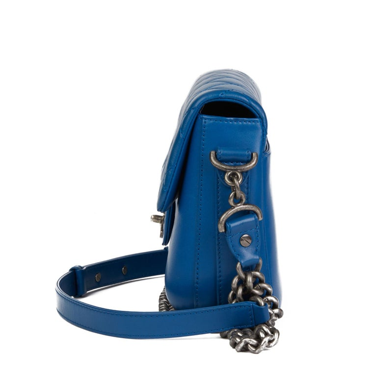 Women's 2018 Chanel Blue Quilted Calfskin Leather Classic Single Flap Bag  For Sale