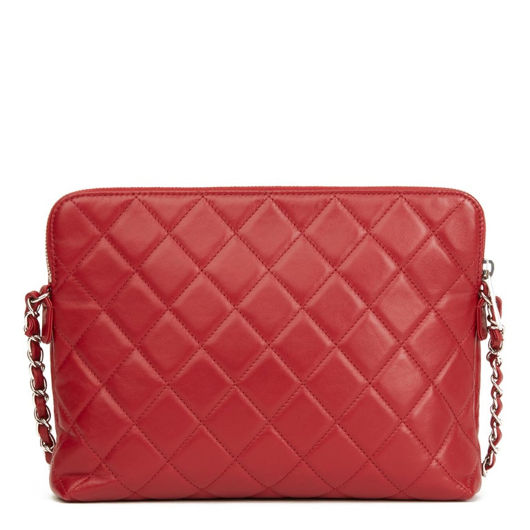 Women's 2018 Chanel Red Quilted Lambskin Classic Shoulder Bag For Sale