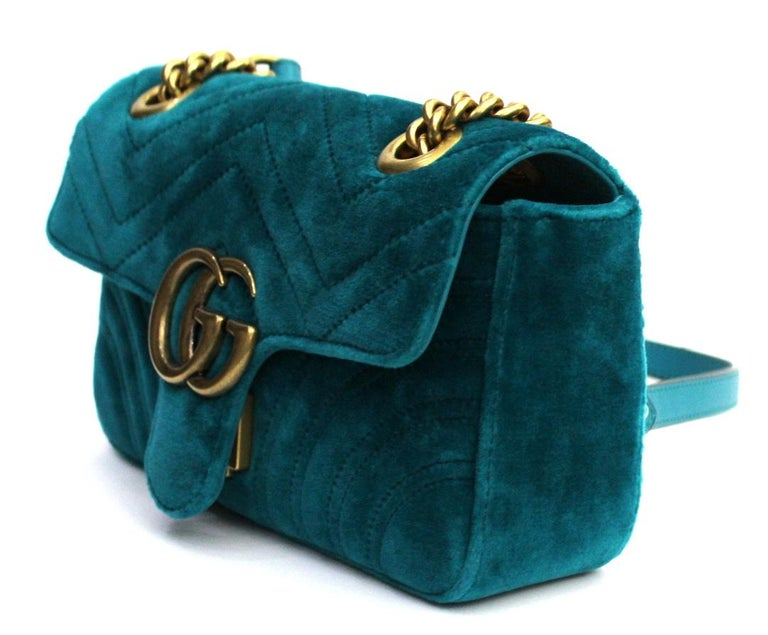 2018 Gucci Petrol Blu Velvet Marmont Bag  In New Condition For Sale In Torre Del Greco, IT