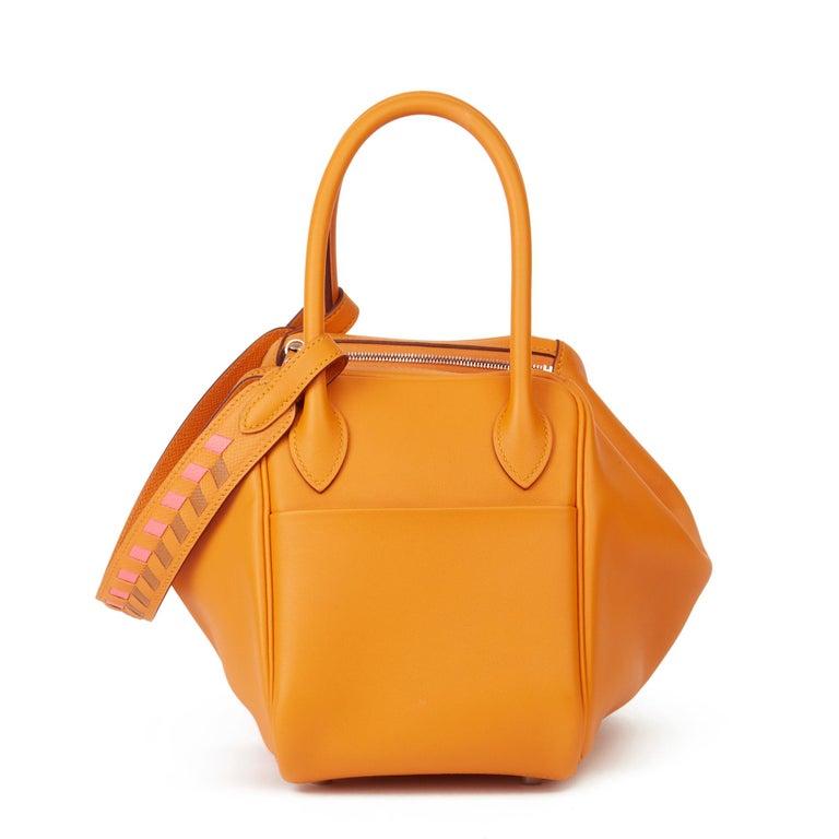 2018 Hermès Abricot Leather & Rose Azalee, Epsom Leather Tressage Lindy 26cm In Excellent Condition For Sale In Bishop's Stortford, Hertfordshire