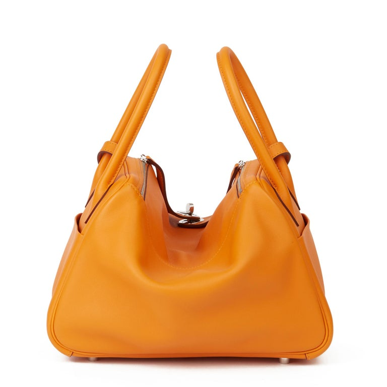 2018 Hermès Abricot Leather & Rose Azalee, Epsom Leather Tressage Lindy 26cm For Sale 1