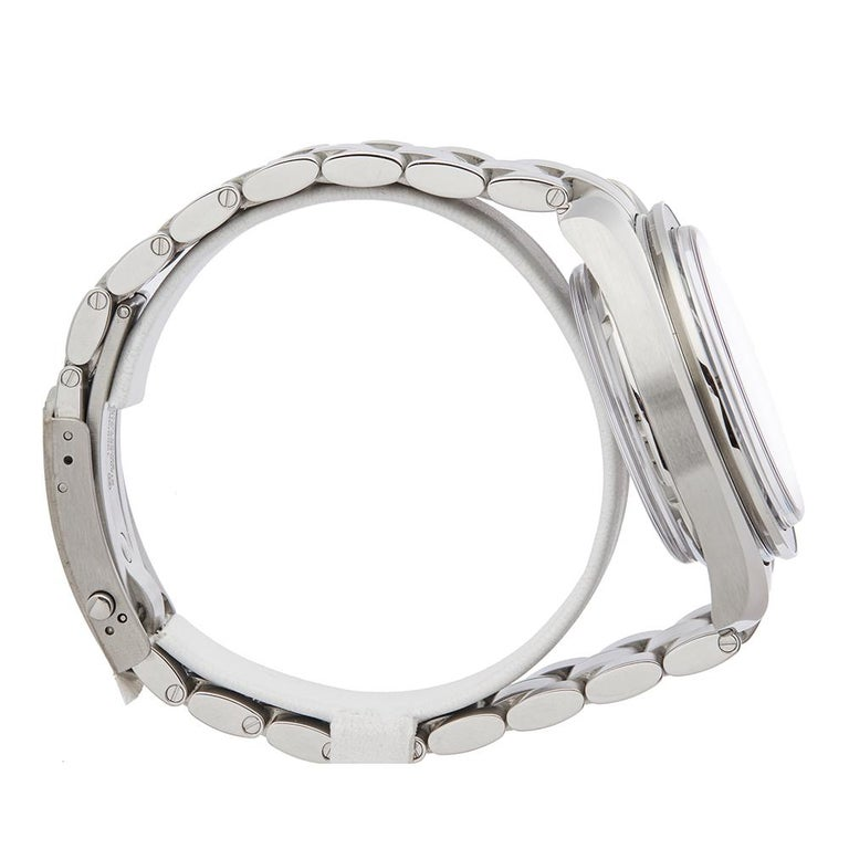 Men's 2018 Omega Speedmaster Stainless Steel 31130445101002 Wristwatch For Sale