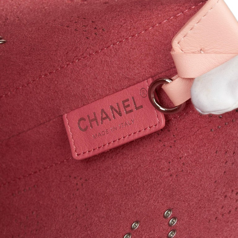 2019 Chanel Pink Calfskin Leather Logo Eyelets Shopping Tote with Tweed Pouch For Sale 4