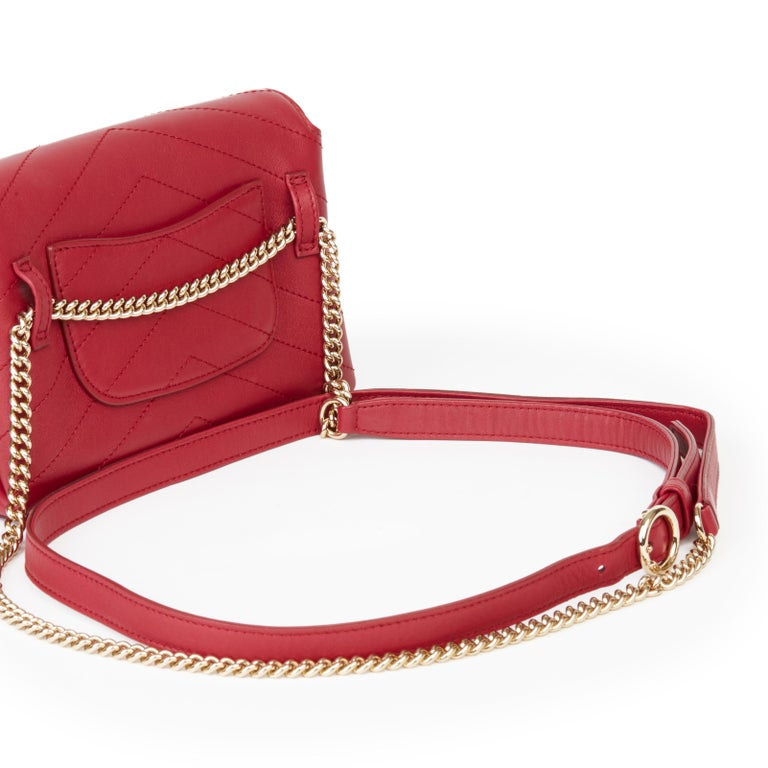 2019 Chanel Red Chevron Quilted Calfskin Leather Coco Waist Bag For Sale 3