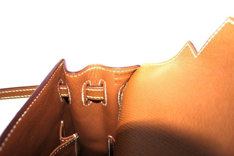 2019 Hermès Beige Leather Kelly 25 Bag For Sale 2