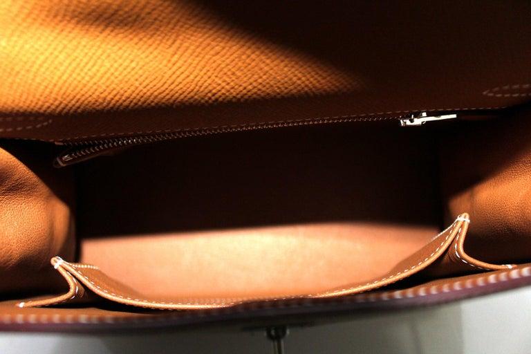 2019 Hermès Beige Leather Kelly 25 Bag For Sale 3
