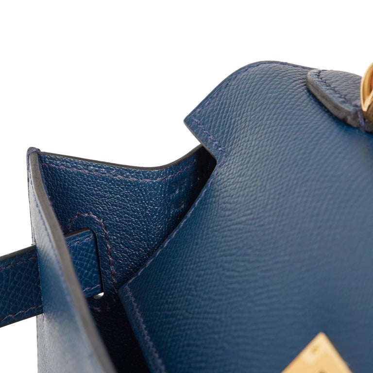 2019 Hermès Bleu de Malte Epsom Leather Kelly 28cm For Sale 5