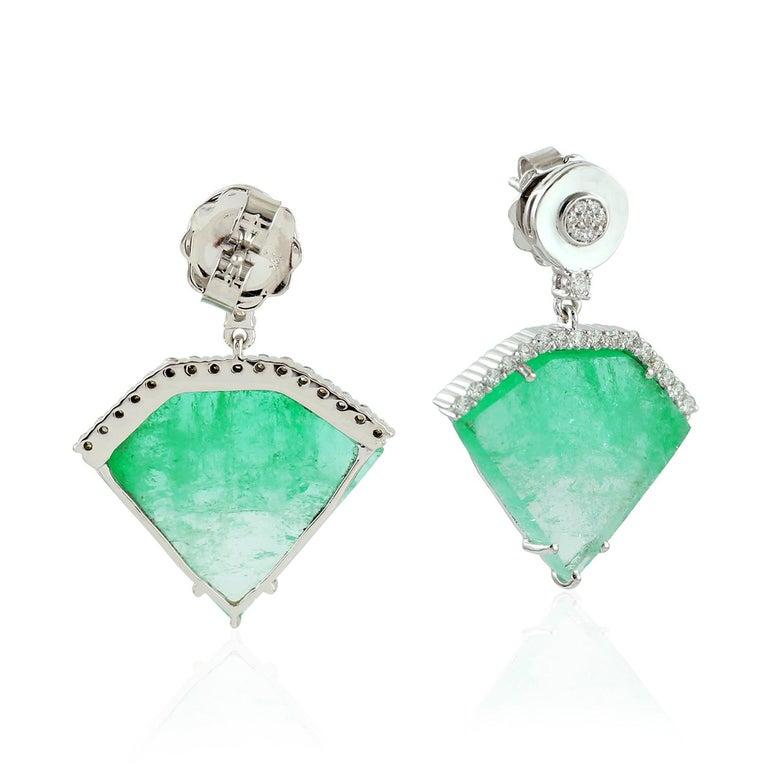 Mixed Cut 20.2 Carat Emerald Diamond 18 Karat White Gold Earrings For Sale