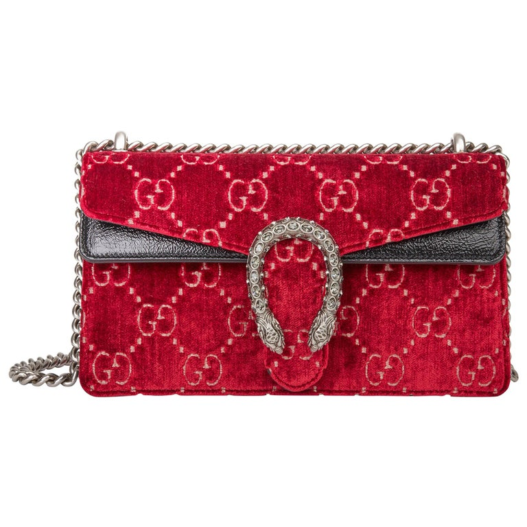 2020 Gucci Red GG Velvet & Black Aged Patent Calfskin Leather Small Dionysus For Sale