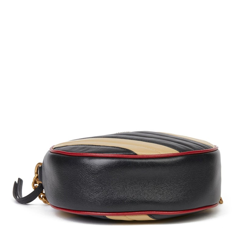 Women's 2020 Gucci Black, Cream & Red Diagonal Quilted Aged Calfskin Leather Mini Round  For Sale
