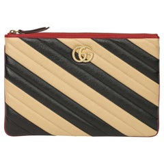 """2020 Gucci """"GUCCI Black, Cream & Red Diagonal Quilted Aged Leather Marmont Pouch"""