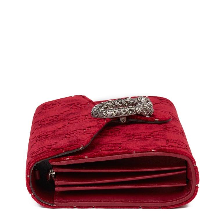 2020 Gucci Red GG Velvet & Calfskin Leather Dionysus Wallet-on-Chain In New Condition For Sale In Bishop's Stortford, Hertfordshire