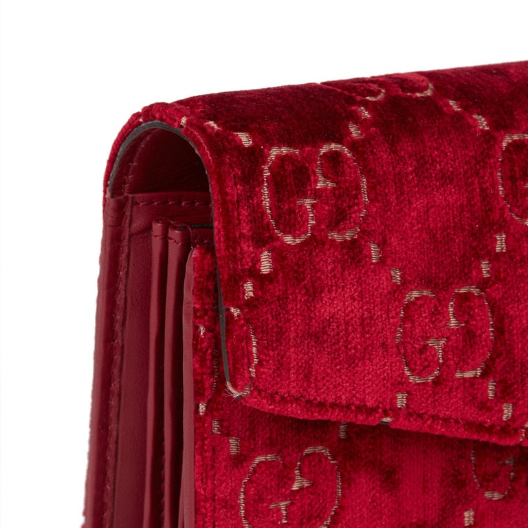 2020 Gucci Red GG Velvet & Calfskin Leather Dionysus Wallet-on-Chain For Sale 4