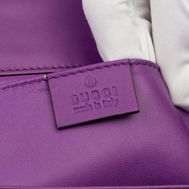 2020 Gucci Violet Cyclamen Matte Alligator Leather Small Padlock Shoulder Bag For Sale 3