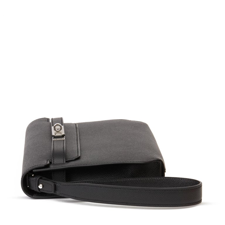 2020 Hermès Black Epsom Leather Kelly Depeches 25cm Pochette  In New Condition For Sale In Bishop's Stortford, Hertfordshire