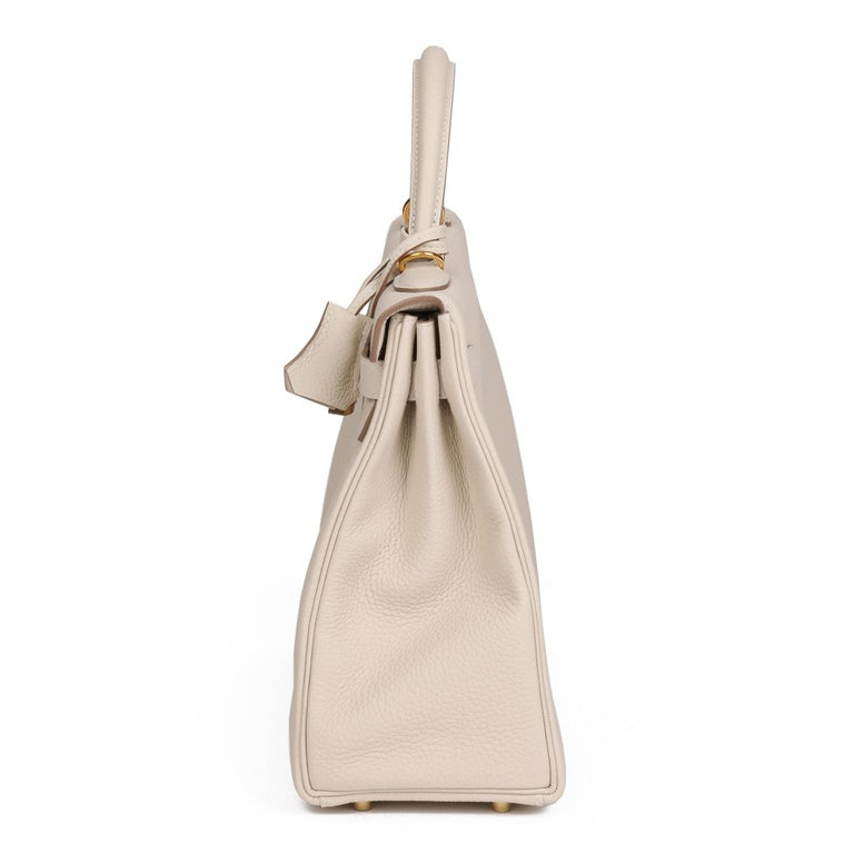 2020 Hermes  Craie Togo Leather Kelly 32cm Retourne In New Condition For Sale In Bishop's Stortford, Hertfordshire