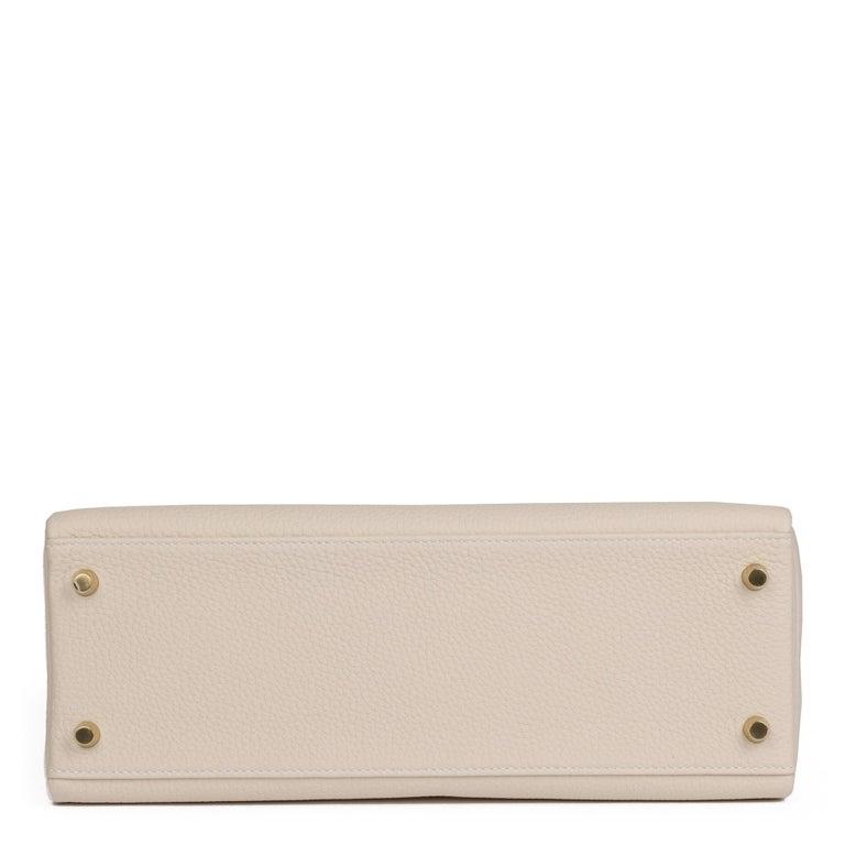 2020 Hermes  Craie Togo Leather Kelly 32cm Retourne For Sale 1