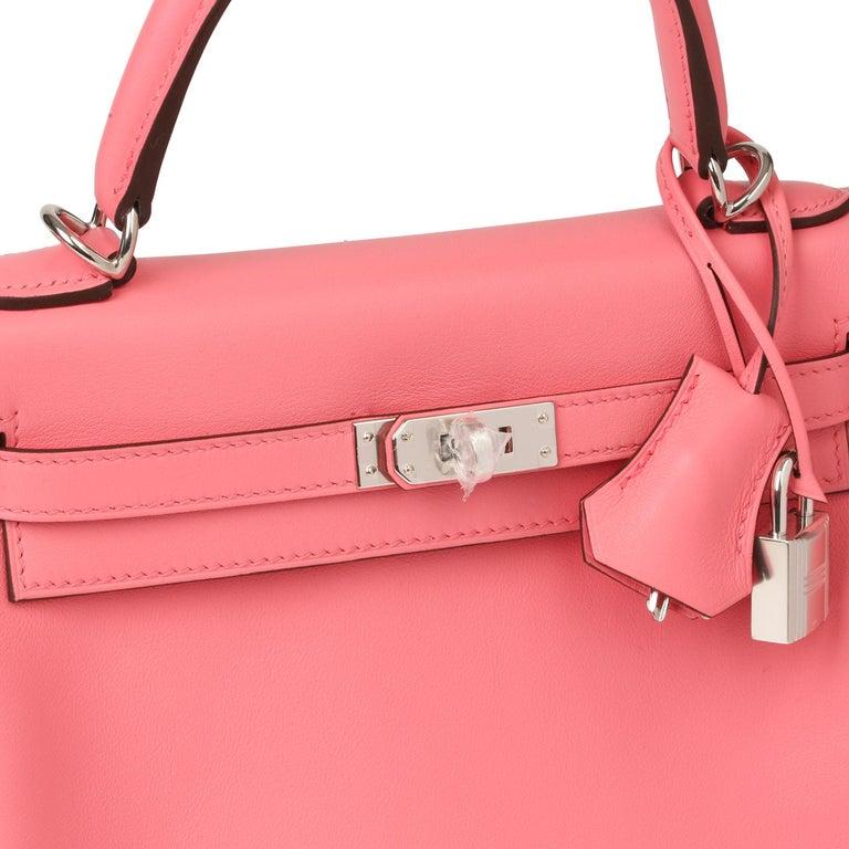 2020  Hermès Rose Ete Swift Leather Kelly 25cm  For Sale 2