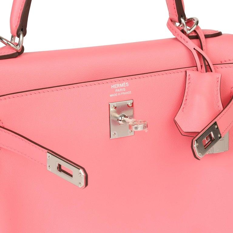2020  Hermès Rose Ete Swift Leather Kelly 25cm  For Sale 3
