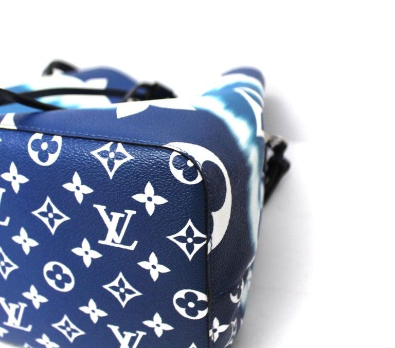 2020 Louis Vuitton Blue Leather Noè Bag For Sale 1
