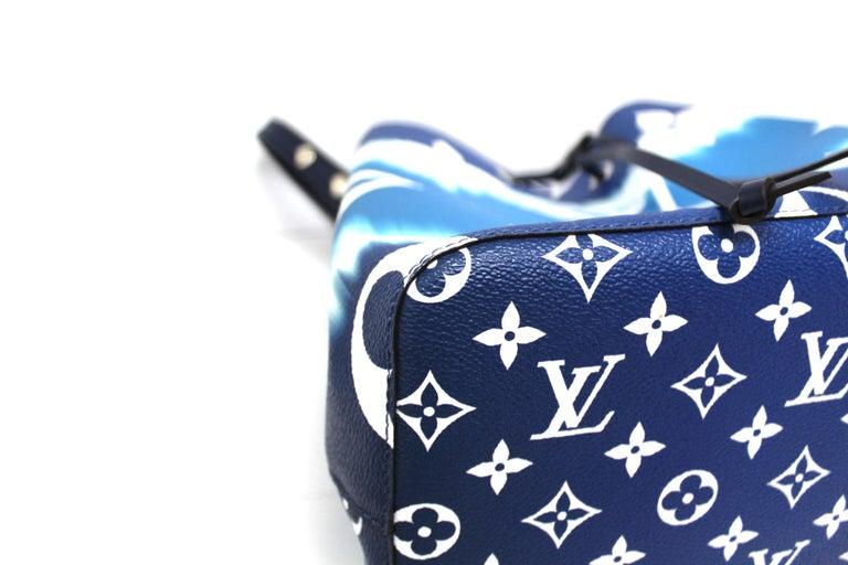 2020 Louis Vuitton Blue Leather Noè Bag For Sale 2