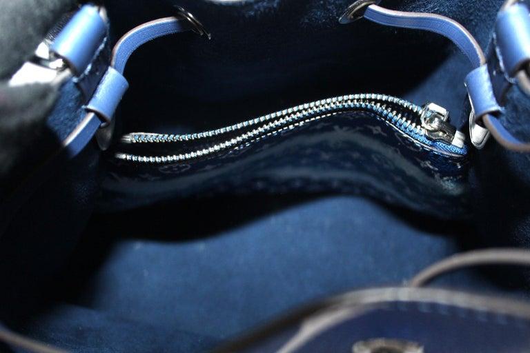 2020 Louis Vuitton Blue Leather Noè Bag For Sale 4