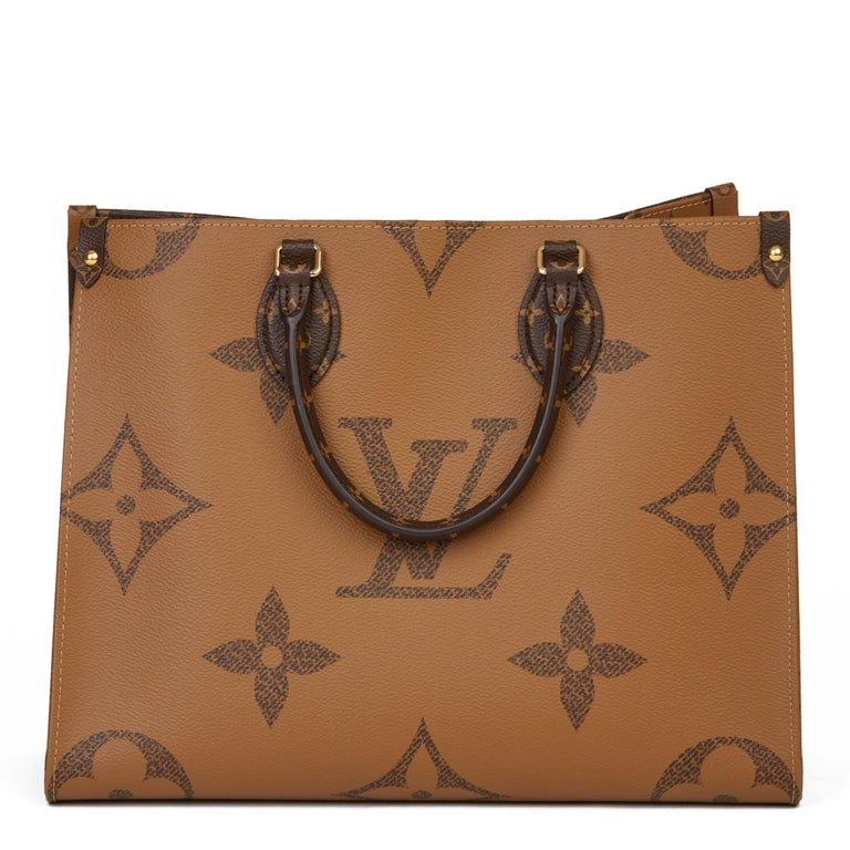 2020 Louis Vuitton Brown Monogram Coated Canvas Reverso Onthego MM For Sale 1