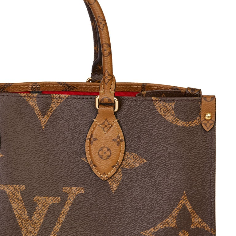 2020 Louis Vuitton Brown Monogram Coated Canvas Reverso Onthego MM For Sale 4