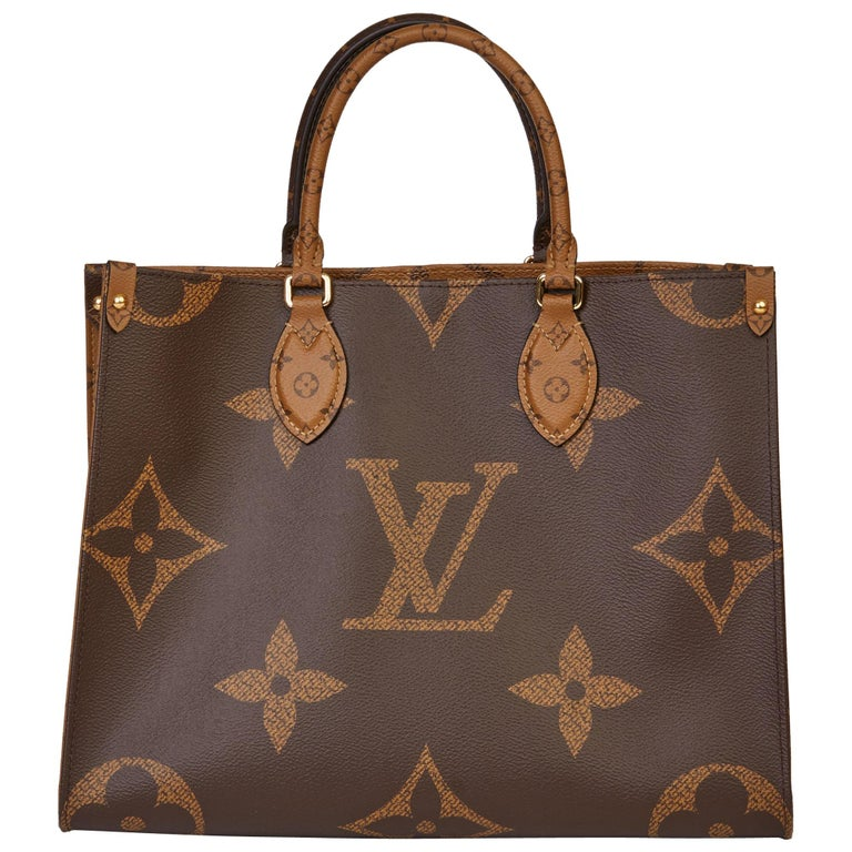 2020 Louis Vuitton Brown Monogram Coated Canvas Reverso Onthego MM For Sale
