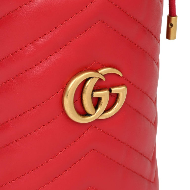 2021 Gucci Red Quilted Calfskin Leather Mini Marmont Bucket Bag For Sale 3