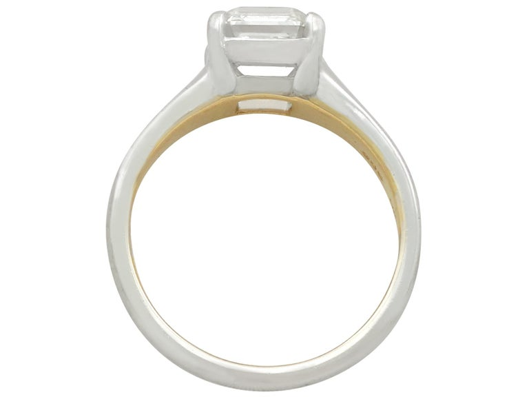 2.04 Carat Diamond Gold Platinum Solitaire Engagement Ring In Excellent Condition For Sale In Jesmond, Newcastle Upon Tyne
