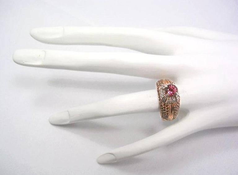 2.04 Carat Padparadscha Sapphire Diamond Ring Rose Gold For Sale 3