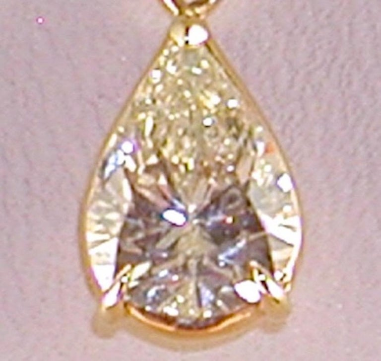 Contemporary 2.05 Carat Yellow Gold Necklace Pear Shape Diamond Solitaire Pendant For Sale