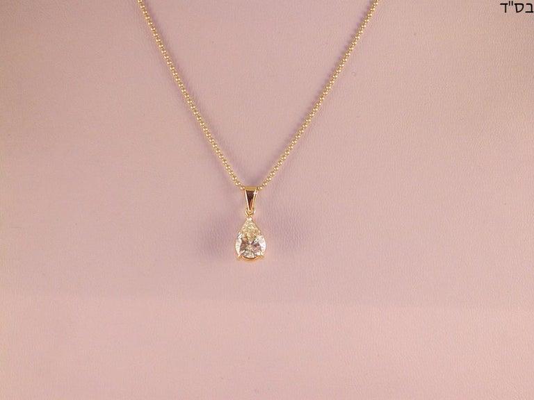 Round Cut 2.05 Carat Yellow Gold Necklace Pear Shape Diamond Solitaire Pendant For Sale