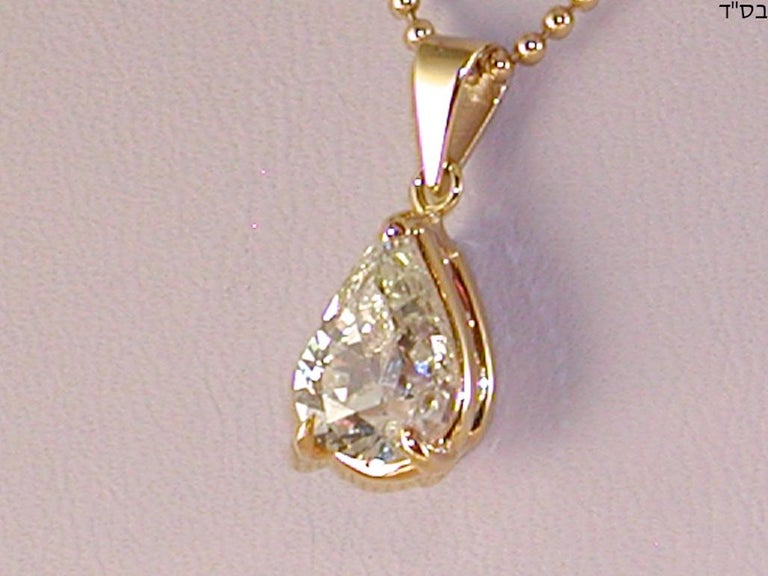 Women's 2.05 Carat Yellow Gold Necklace Pear Shape Diamond Solitaire Pendant For Sale