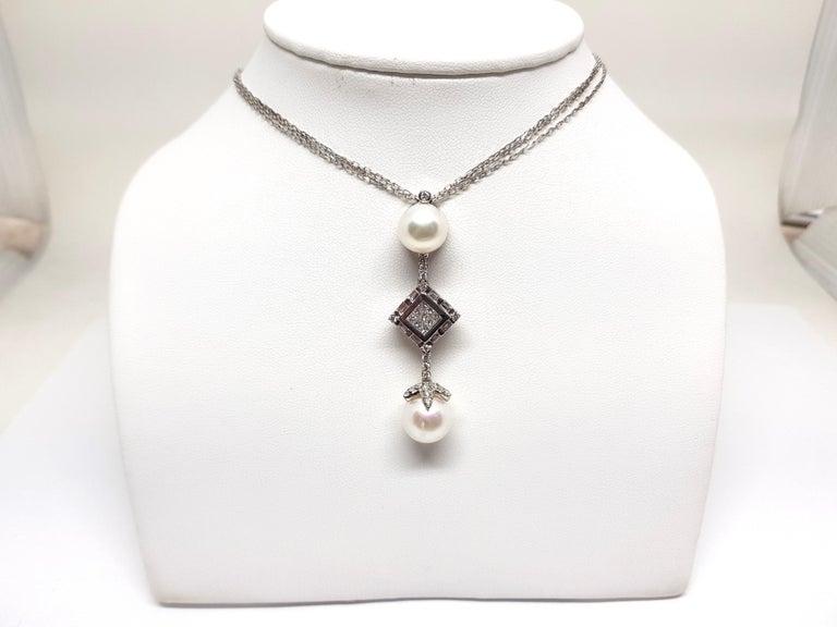 Contemporary 2.06 Carat White Gold Necklace Princess Diamond Pearl Pendant For Sale