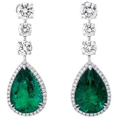20.75 Carat Natural Unheated Vivid Green Emerald Diamond 18 Karat Gold Earrings