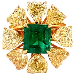 2.08 Carat GRS Certified Vivid Green Colombian Emerald and Yellow Diamond Ring