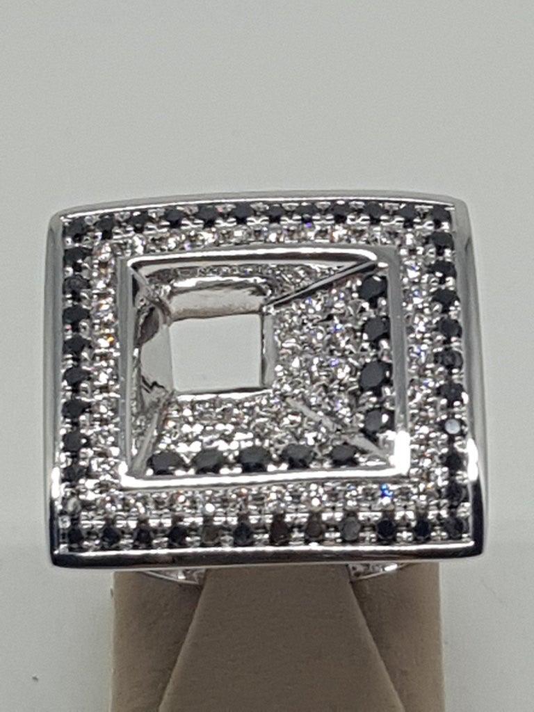 Contemporary 2.08 Carat White Gold Black Diamond Ring For Sale