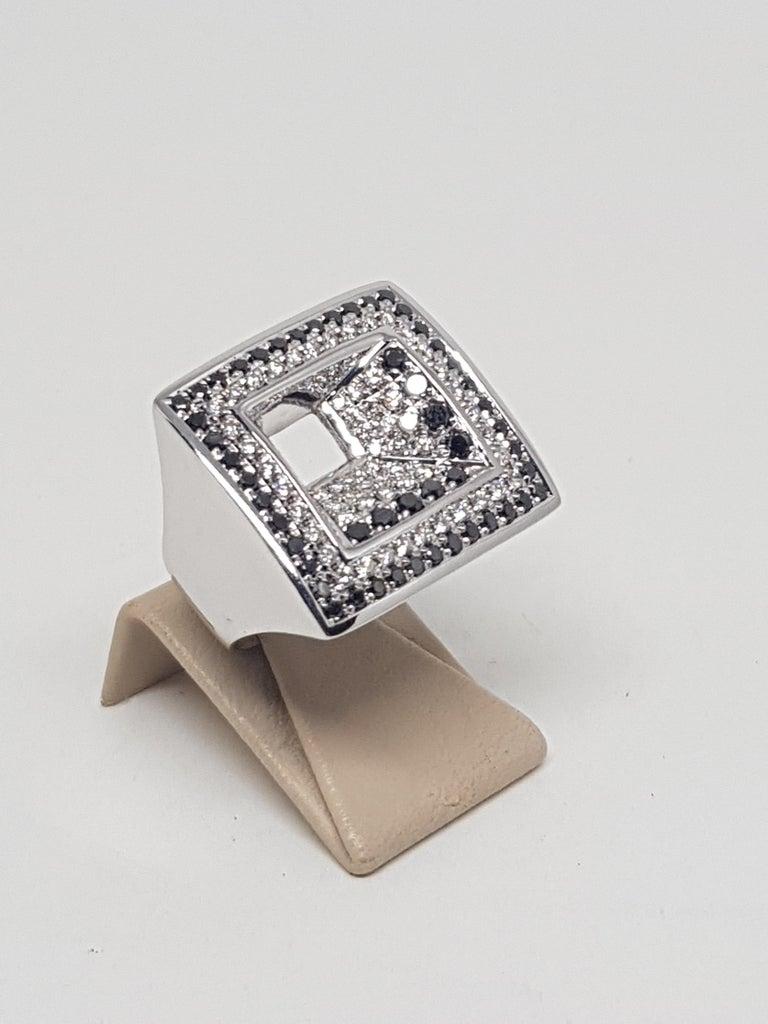 Round Cut 2.08 Carat White Gold Black Diamond Ring For Sale