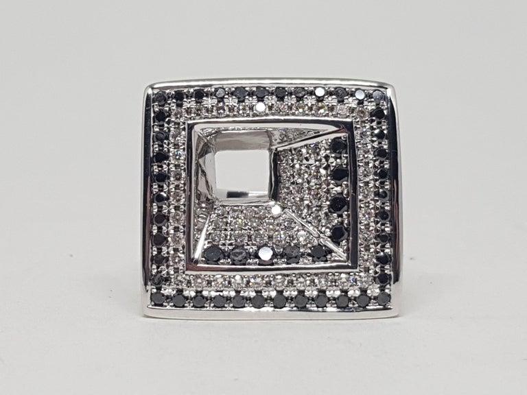 Women's 2.08 Carat White Gold Black Diamond Ring For Sale