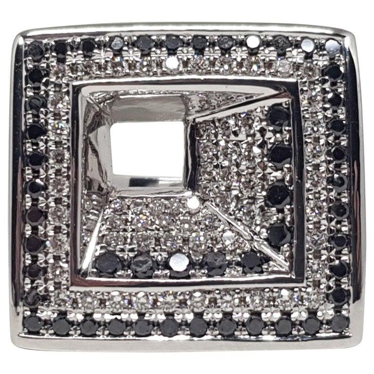 2.08 Carat White Gold Black Diamond Ring For Sale