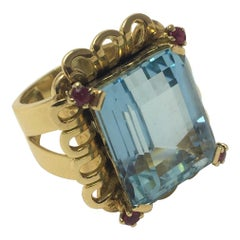 20.97 Carat Aquamarine and Ruby Cocktail Ring in Yellow Gold