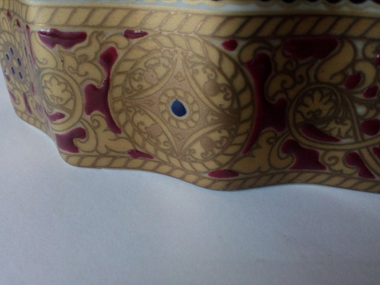 20th Century Copy of Antique Ming Porcelain, Gold Decoration, Relized 1920 In Excellent Condition For Sale In Lentate sul Seveso (Mb), IT